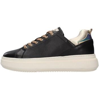 kengät Naiset Matalavartiset tennarit NeroGiardini I117050D BLACK