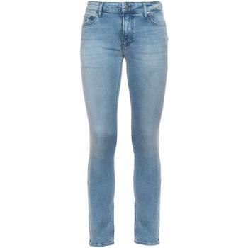 vaatteet Miehet Slim-farkut Calvin Klein Jeans K10K106559 Sininen