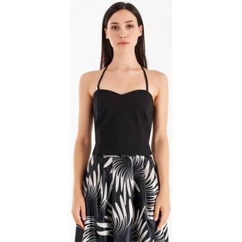 vaatteet Naiset Topit / Puserot Rinascimento CFC0105101003 Musta