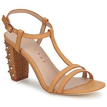 kengät Naiset Korkokengät Lola Cruz STUDDED Beige