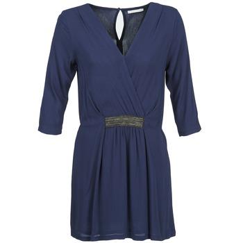 vaatteet Naiset Lyhyt mekko Betty London DUSTY Laivastonsininen