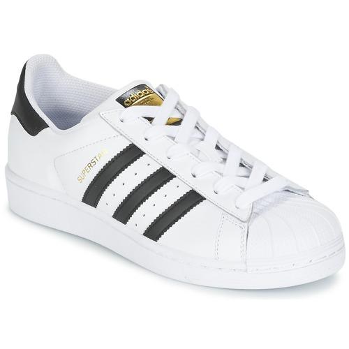 kengät Lapset Matalavartiset tennarit adidas Originals SUPERSTAR White / Black