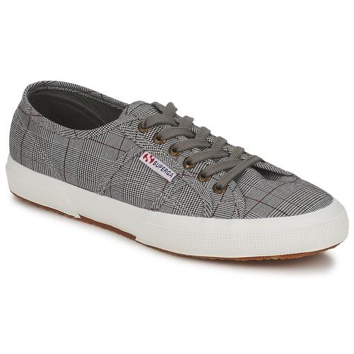 kengät Miehet Matalavartiset tennarit Superga 2750 GALLESU Grey / White