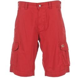 vaatteet Miehet Shortsit / Bermuda-shortsit Napapijri PORTES A Red