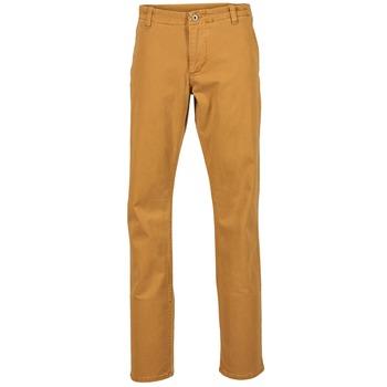 vaatteet Miehet Chino-housut / Porkkanahousut Dockers ALPHA KHAKI MIST WASH Kulta