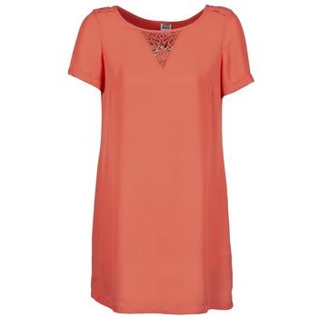 vaatteet Naiset Lyhyt mekko Vero Moda TRIPPA CORAIL