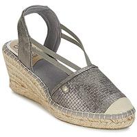 kengät Naiset Sandaalit ja avokkaat Mustang LIMBERT Argenté