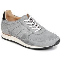kengät Naiset Matalavartiset tennarit Fred de la Bretoniere JACQUES Grey