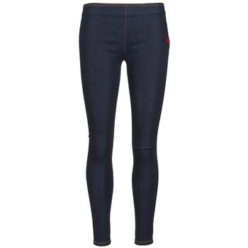 vaatteet Naiset Slim-farkut Love Moschino ERICACE Blue