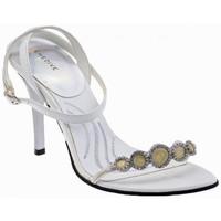 kengät Naiset Sandaalit ja avokkaat Chedivé  Valkoinen