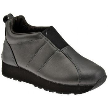 kengät Naiset Matalavartiset tennarit Superga  Musta