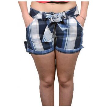 vaatteet Naiset Shortsit / Bermuda-shortsit Converse  Monivärinen