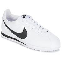 kengät Miehet Matalavartiset tennarit Nike CLASSIC CORTEZ LEATHER Valkoinen / Musta