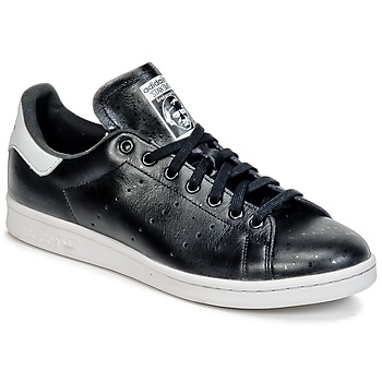kengät Matalavartiset tennarit adidas Originals STAN SMITH Black