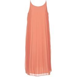 vaatteet Naiset Pitkä mekko BCBGeneration 616757 Corail