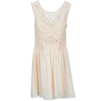 vaatteet Naiset Lyhyt mekko BCBGeneration 617574 Beige