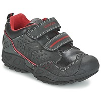 kengät Pojat Matalavartiset tennarit Geox NEW SAVAGE BOY Black / Red