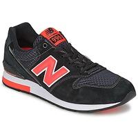 kengät Matalavartiset tennarit New Balance MRL996 Black / Red