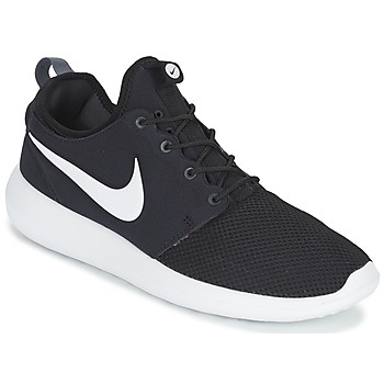 kengät Miehet Matalavartiset tennarit Nike ROSHE TWO Black / White
