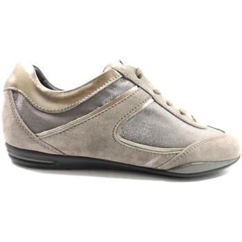kengät Naiset Matalavartiset tennarit Tod's AZ570 Beige