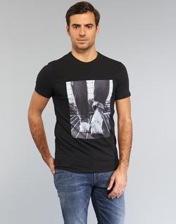 vaatteet Miehet Lyhythihainen t-paita Armani jeans JANADORI Black
