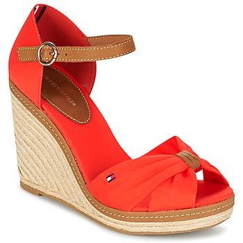 kengät Naiset Sandaalit ja avokkaat Tommy Hilfiger ELENA 56D CORAIL / Brown