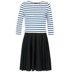 vaatteet Naiset Lyhyt mekko Petit Bateau FINALLY White / Blue