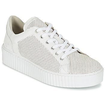 kengät Naiset Matalavartiset tennarit Mustang FAMO White / Cassé