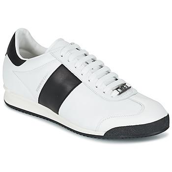 kengät Miehet Matalavartiset tennarit Roberto Cavalli 2042C White / Black