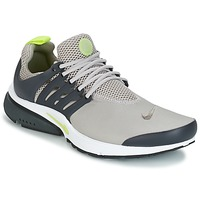 kengät Miehet Matalavartiset tennarit Nike AIR PRESTO ESSENTIAL Grey