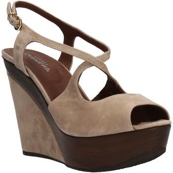 kengät Naiset Sandaalit ja avokkaat Carmens Padova Sandaalit AF500 Beige
