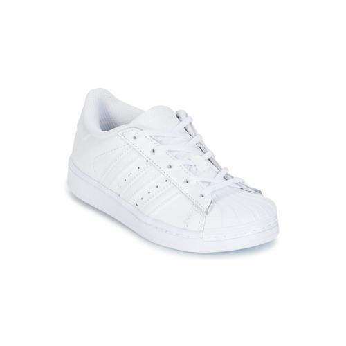 kengät Tytöt Matalavartiset tennarit adidas Originals SUPERSTAR White