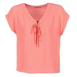 vaatteet Naiset Topit / Puserot Betty London GREM Corail