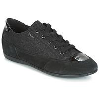 kengät Naiset Matalavartiset tennarit Geox D NEW MOENA Black