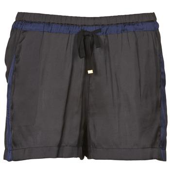 vaatteet Naiset Shortsit / Bermuda-shortsit Naf Naf KAOLOU Musta