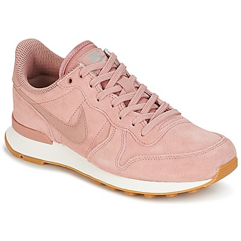 kengät Naiset Matalavartiset tennarit Nike INTERNATIONALIST SE W Pink