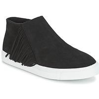 kengät Naiset Bootsit Minnetonka GWEN BOOTIE Black