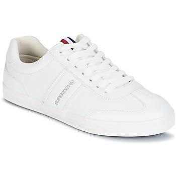 kengät Naiset Matalavartiset tennarit Superdry COURT CLASSIC SLEEK TRAINER Valkoinen