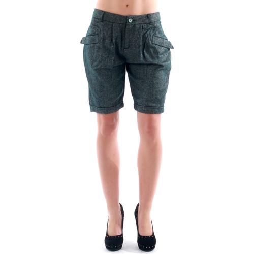 vaatteet Naiset Shortsit / Bermuda-shortsit Amy Gee AMY04303 Gris