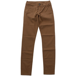 vaatteet Naiset Chino-housut / Porkkanahousut Silvian Heach SIL06629 Verde
