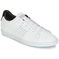 kengät Naiset Matalavartiset tennarit Le Coq Sportif AGATE LO S LEA/SATIN White / Black