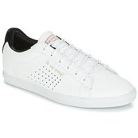 kengät Naiset Matalavartiset tennarit Le Coq Sportif AGATE LO S LEA/SATIN White
