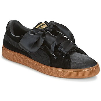 kengät Naiset Matalavartiset tennarit Puma BASKET HEART VS W'N Black
