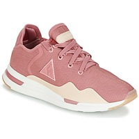 kengät Naiset Matalavartiset tennarit Le Coq Sportif SOLAS W SUMMER FLAVOR Pink