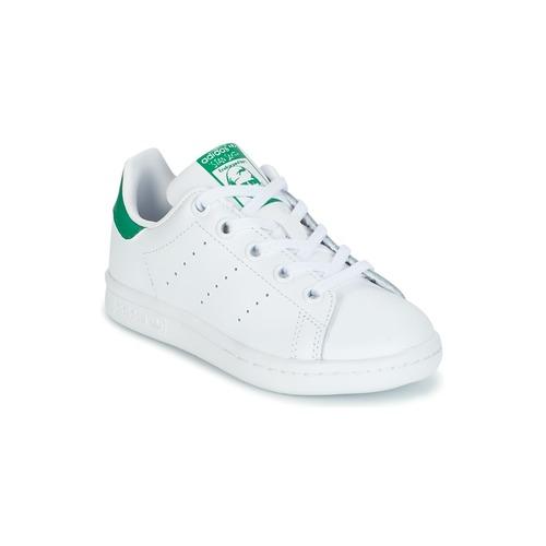 kengät Lapset Matalavartiset tennarit adidas Originals STAN SMITH C White / Green