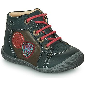 kengät Pojat Bootsit Catimini REGLISSE Green / Brown
