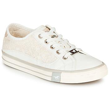 kengät Naiset Matalavartiset tennarit Mustang ROULIA White