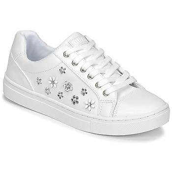kengät Naiset Matalavartiset tennarit Guess JAMIT White