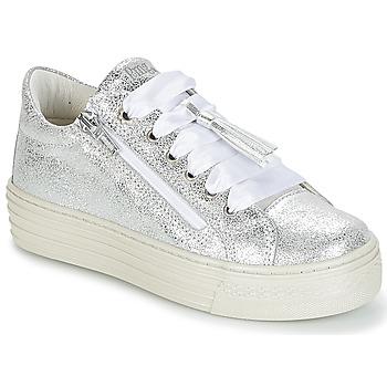 kengät Tytöt Matalavartiset tennarit Primigi RAPATITE Silver