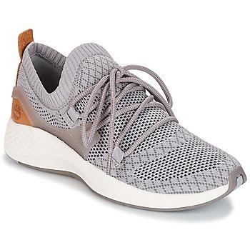 kengät Naiset Matalavartiset tennarit Timberland FLYROAM GO Grey